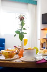 Breakfast options available to guests at Hotel Verol