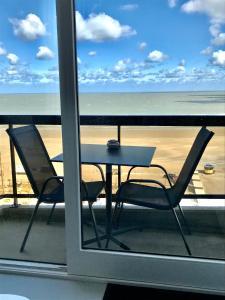A balcony or terrace at Malibu Beach 9C