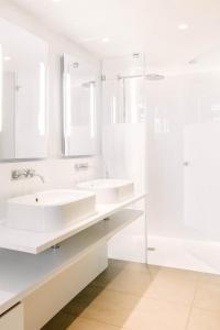 Salle de bains dans l'établissement Hotel C2