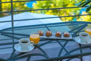Breakfast options available to guests at Abuela's Beach House