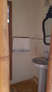 A bathroom at Hospedagem Brilho da Lua