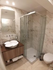 Een badkamer bij Tuck Inn