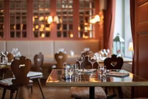 Een restaurant of ander eetgelegenheid bij Grand Hôtel Bristol