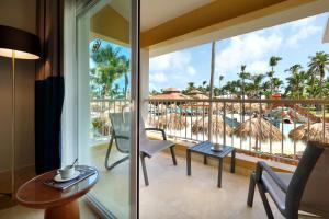 Балкон или терраса в Grand Palladium Punta Cana Resort & Spa - Все включено