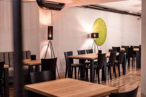 Restavracija oz. druge možnosti za prehrano v nastanitvi Hostel Situla