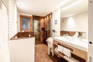 Een badkamer bij Golserhof