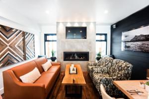 A seating area at Waterton Glacier Suites