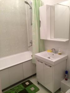 Ванная комната в Apartment on Leningradskaya 63