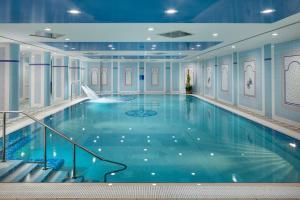 Bazén v ubytování Ensana Grandhotel Pacifik nebo v jeho okolí