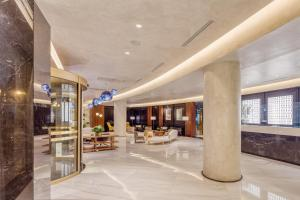 The lobby or reception area at Electra Palace Thessaloniki
