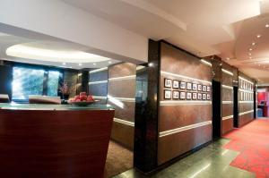 The lobby or reception area at Atrium Hotel Mainz