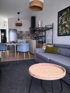 A seating area at Casa El Grifo