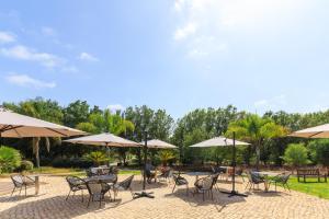 The swimming pool at or near Amendoeira Golf Resort