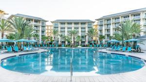 The swimming pool at or near Margaritaville Resort Orlando