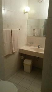 Ванная комната в Eiscafe-Pizzeria-Hotel Rialto