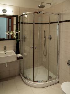 Ванная комната в Design Merrion Hotel