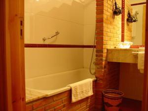 A bathroom at Hotel Gavitu