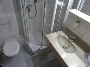 Ein Badezimmer in der Unterkunft Heidehotel Soltauer Hof