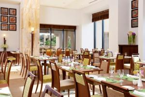 A restaurant or other place to eat at Holiday Inn Resort Dead Sea, an IHG Hotel