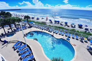 Deluxe Ocean Front Two-Bedroom Condo in Sandy Beach Resort