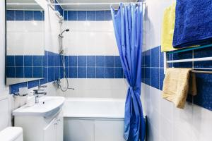 Ванная комната в Apartment on Nogradskaya 7a