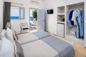 Ένα δωμάτιο στο Ξενοδοχείο Ακρωτήρι