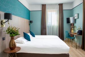 A room at Hôtel Le Bristol