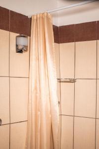 A bathroom at Lamprou