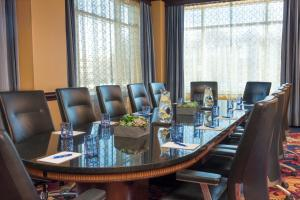 The business area and/or conference room at Kimpton Marlowe, an IHG Hotel