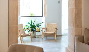 A seating area at Ynaira hotel & Spa