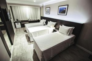 A room at Santa Inn Hotel