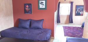 Ein Sitzbereich in der Unterkunft La Kasbah d'Ouzoud