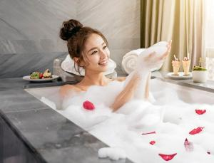 Spa and/or other wellness facilities at Waldorf Astoria Beijing