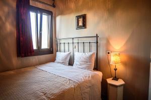 A room at Oikies Katogi