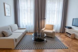 Гостиная зона в Vladislav City Centre Apartments