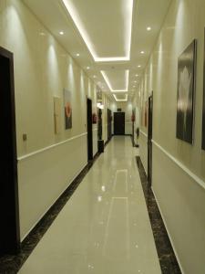 O saguão ou recepção de الحياة ستار للوحدات السكنية