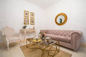 A seating area at Leclerc Hotel Boutique