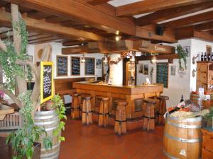 The lounge or bar area at Hotel Baumgartnerhof