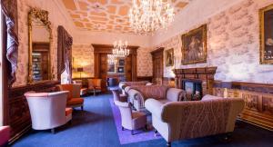The lounge or bar area at Ardoe House Hotel & Spa