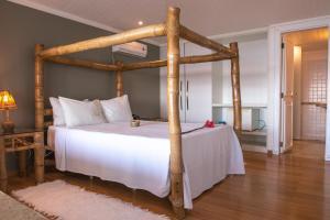 A room at Pousada Casa Caiada