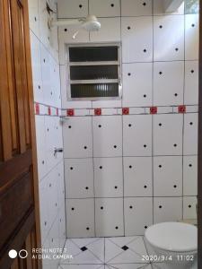 Um banheiro em Chalés Margarida