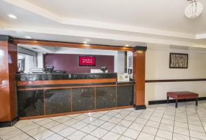 The lobby or reception area at Red Roof Inn Hartford - Vernon
