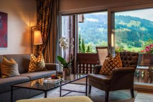 A seating area at ERMITAGE Wellness- & Spa-Hotel