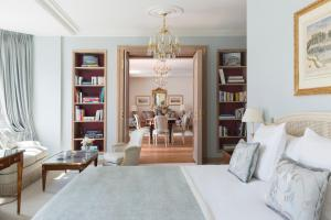 Номер в Le Bristol Paris - an Oetker Collection Hotel