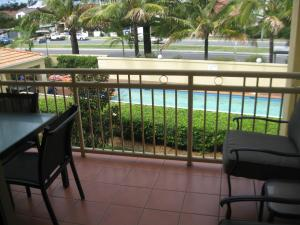 A view of the pool at San Delles Apartments or nearby