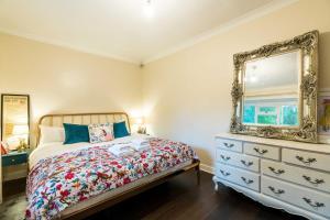 A room at NEW Fantastic 1BD Crystal Palace Flat in London