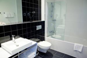 Ванная комната в Catalonia Berlin Mitte