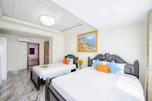 A room at Saigon Hanoi Hotel