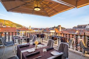 A balcony or terrace at Prijeko Palace