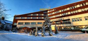 Hotel Lugsteinhof during the winter